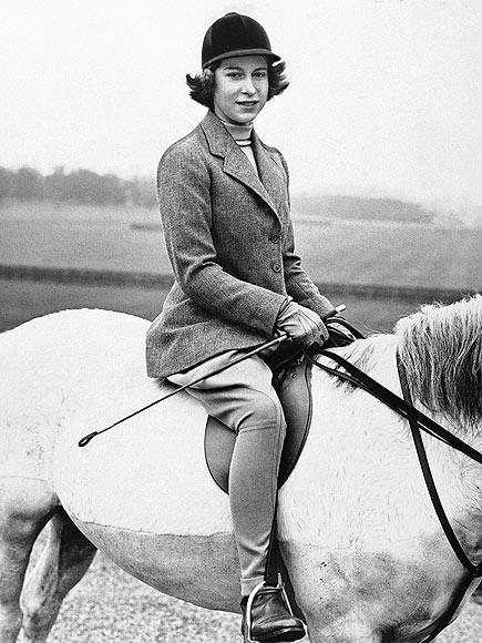 Queen Elizabeth riding horse
